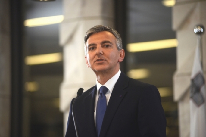 Simon Busuttil takes top EPP job, will resign from Maltese parliament